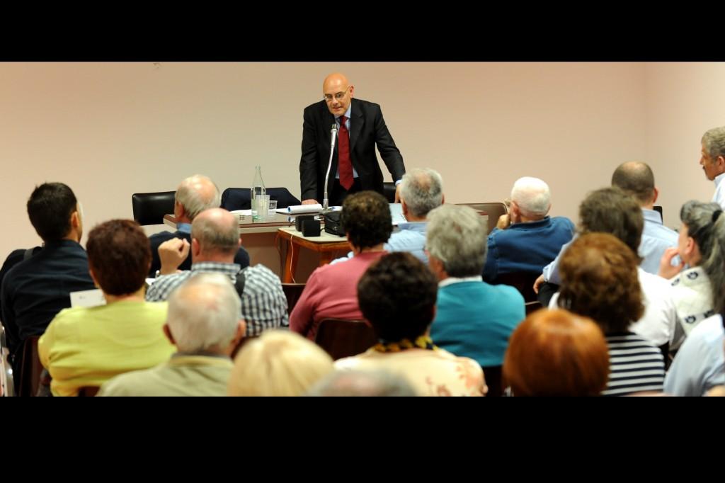 12 aprile 2011 Presentazione del libro Golpe 1