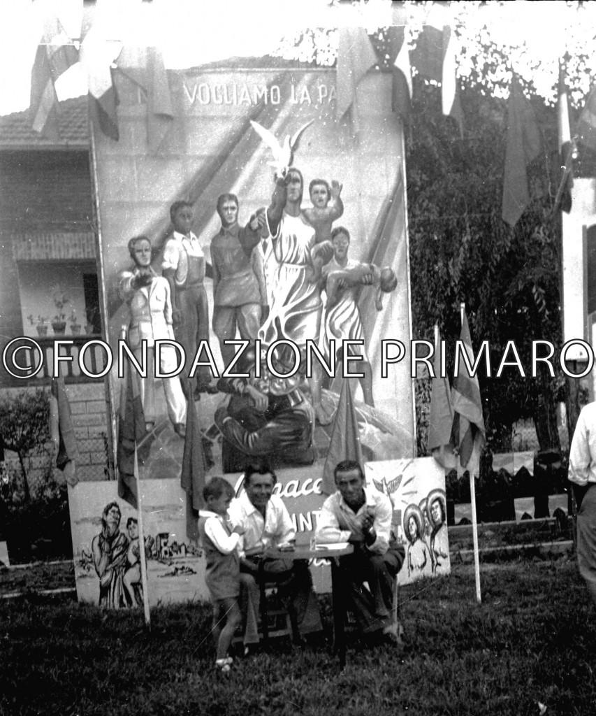 Filo anni '50.Festa de L'Unità. Al centro Vandini Guerriero con il figlio Agide, alla destra Dal Buono Senen.