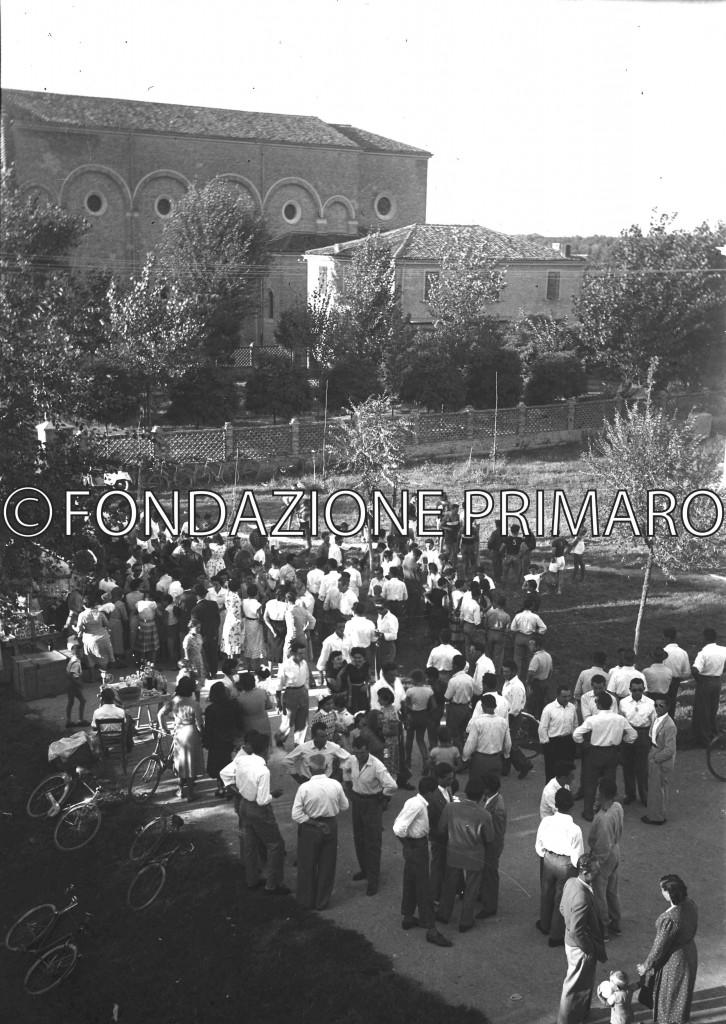 Anni '50 Festa de L'Unità, gare di atletica leggera nel campetto delle scuole elementari, Natali Enrico